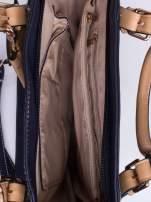 Niebieska dziurkowana torba shopper z portfelem                                  zdj.                                  4