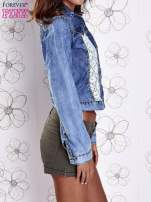 Niebieska jeansowa kurtka z koronkowymi wstawkami                                  zdj.                                  3