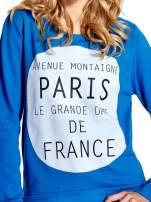 Niebieska klasyczna bluza damska z napisem AVENUE MONTAIGNE