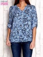 Niebieska koszula z kwiatowym nadrukiem                                  zdj.                                  1