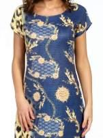 Niebieska sukienka z panterkowym nadrukiem                                  zdj.                                  7