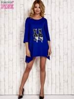 Niebieska tunika dresowa z aplikacją kotów z cekinów                                  zdj.                                  2