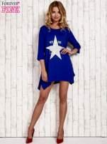 Niebieska tunika dresowa z printem gwiazdy