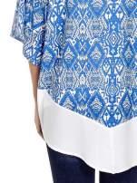 Niebieskie kimono w etniczne wzory z modułem na dole                                  zdj.                                  5