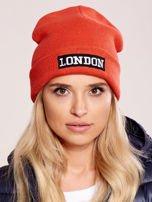 Pomarańczowa wywijana czapka z napisem LONDON                                  zdj.                                  1