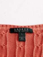 RALPH LAUREN Koralowy sweter z warkoczowym splotem                                  zdj.                                  4
