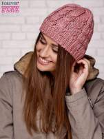 Różowa czapka z metaliczną nicią                                  zdj.                                  2