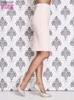 Różowa ołówkowa spódnica ze złotym suwakiem                                                                          zdj.                                                                         3