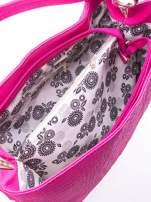 Różowa torebka na ramię tłoczona na wzór skóry krokodyla                                  zdj.                                  4