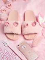 Różowe futrzane klapki z ozdobnymi uszkami                                   zdj.                                  1