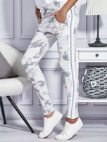 Różowe spodnie dresowe moro                                  zdj.                                  5