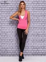 Różowo-biały top sportowy z krzyżowanymi ramiączkami na plecach                                  zdj.                                  4
