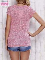 Różowy melanżowy t-shirt z lejącym dekoltem                                  zdj.                                  2