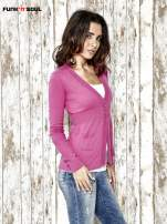 Różowy sweter zapinany na guziki Funk n Soul                                  zdj.                                  3