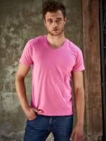 Różowy t-shirt męski z trójkątnym dekoltem Funk n Soul                                                                          zdj.                                                                         1