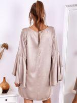 SCANDEZZA Beżowa sukienka z hiszpańskimi rękawami                                  zdj.                                  3