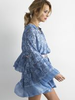 Niebieska luźna sukienka z koronki                                  zdj.                                  3