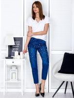 Spodnie jeansowe ciemnoniebieskie z perełkami                                  zdj.                                  4