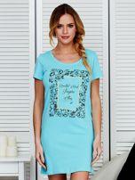 Sukienka bawełniana z kwiatowym nadrukiem jasnoniebieska                                  zdj.                                  1