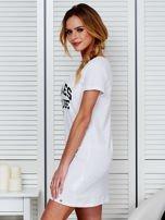Sukienka biała bawełniana z napisem COLLEGE                                  zdj.                                  5