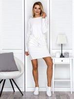 Sukienka damska dresowa z troczkami ecru                                  zdj.                                  4
