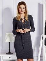 Sukienka damska w prążek ze sznurowaniem przy dekolcie ciemnoszara                                  zdj.                                  1