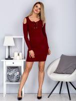 Sukienka damska z wycięciami i dekoltem lace up bordowa                                  zdj.                                  4