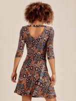 Sukienka w geometryczne wzory                                  zdj.                                  3