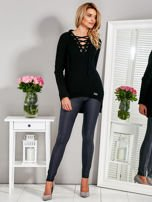 Sweter V-neck lace up czarny                                  zdj.                                  4
