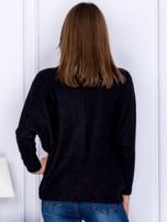 Sweter czarny z miękkim kołnierzem                                  zdj.                                  2