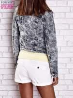 Szara jeansowa kurtka w tłoczone wzory                                                                          zdj.                                                                         5