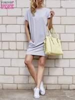 Szara sukienka dresowa z kieszeniami po bokach                                  zdj.                                  2