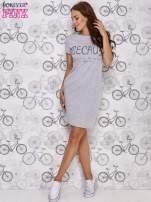 Szara sukienka dresowa z napisem BECAUSE                                  zdj.                                  4