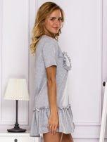 Szara sukienka z falbaną                                  zdj.                                  3