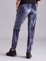 Szare welurowe spodnie z troczkami                                  zdj.                                  3