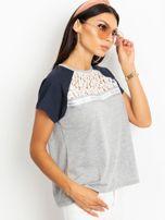 Szaro-granatowy t-shirt Euphoria                                  zdj.                                  3