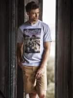 Szary t-shirt męski ze zdjęciem miasta                                  zdj.                                  9