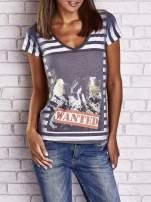 Szary t-shirt w paski i z nadrukiem dziewczyny                                                                          zdj.                                                                         1