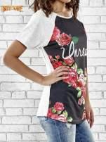 Szary t-shirt z kwiatowym nadrukiem i napisem UNREAL                                  zdj.                                  3