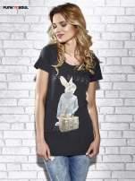 Szary t-shirt z nadrukiem królika Funk n Soul                                                                          zdj.                                                                         1