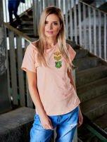 T-shirt damski brzoskwiniowy z naszywkami ARMY                                  zdj.                                  1