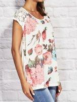 T-shirt damski z motywem roślinnym ecru                                  zdj.                                  3