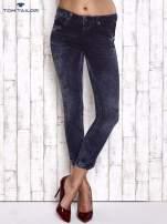 TOM TAILOR Granatowe przecierane jeansy                                  zdj.                                  1