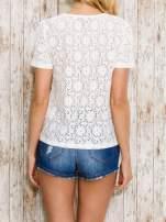 VERO MODA Ecru ażurowy t-shirt                                  zdj.                                  4