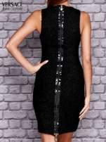 VERSACE Czarna sukienka z ozdobnym suwakiem z tyłu                                  zdj.                                  3