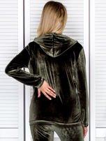 Welurowa bluza damska z diamencikami przy suwaku zielona                                  zdj.                                  2