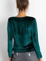 Zielona aksamitna bluza damska z aplikacją                                  zdj.                                  2