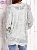 Zielony melanżowy sweter z otwartym dekoltem                                  zdj.                                  4