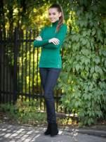 Zielony prążkowany golf damski