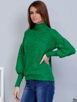 Zielony sweter z szerokimi rękawami                                  zdj.                                  3